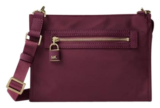 Preload https://img-static.tradesy.com/item/20303122/michael-kors-plum-nylon-cross-body-bag-0-1-540-540.jpg