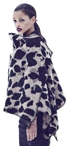 Burberry Leopard Winter Animal Print Cashmere Cape