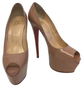 Christian Louboutin Highness Heels Red Bottoms Beige Pumps