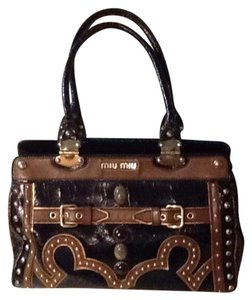 Miu Miu Tote in Black and brown.