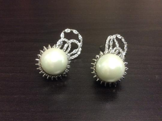 Other 14mm Shell Pearl Cubic Zirconia Fashion Post Earring Simulated Diamond Image 5