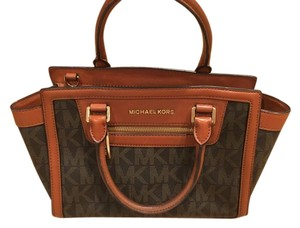 Michael Kors Collection Tote in Brown/Camel
