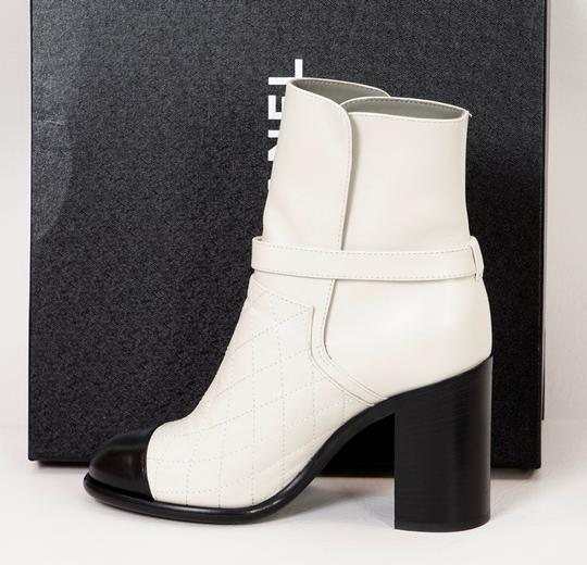 Chanel Black/White Boots Image 4