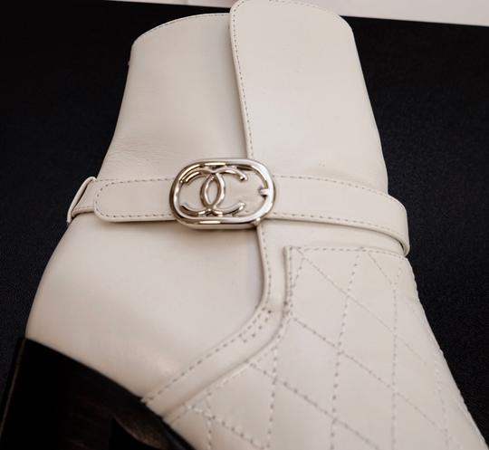 Chanel Black/White Boots Image 6