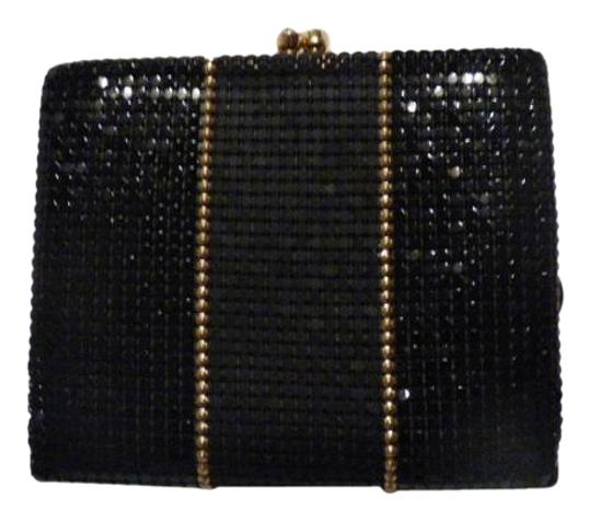 Preload https://img-static.tradesy.com/item/20304137/whiting-and-davis-vintage-pursesdesigner-purses-black-pewter-and-gold-chainmaille-mesh-exteriorbrown-0-1-540-540.jpg
