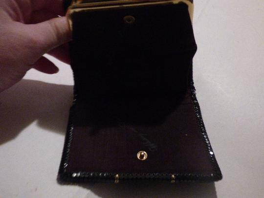 Whiting & Davis Rare Clutch/Wallet Rare Color Combo Mint Vintage Multiple Compartment Unusual W&d Style black, pewter, and gold, chainmaille mesh exterior/brown logo print fabric interior Clutch Image 10