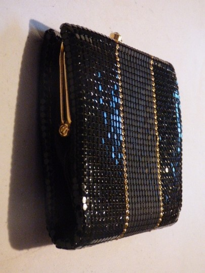 Whiting & Davis Rare Clutch/Wallet Rare Color Combo Mint Vintage Multiple Compartment Unusual W&d Style black, pewter, and gold, chainmaille mesh exterior/brown logo print fabric interior Clutch Image 4