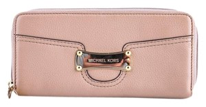 Michael Kors * Michael Kors Saratoga Luggage Zip Around Continental Wallet