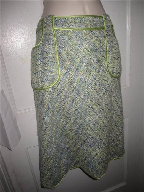 WD.NY Figure Flattering Perfect To Mix/Match Design A-line Style Mint Condition Skirt tweed in blues greens, and browns Image 6