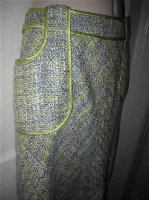 WD.NY Figure Flattering Perfect To Mix/Match Design A-line Style Mint Condition Skirt tweed in blues greens, and browns Image 7