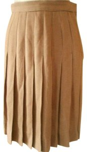 Talbots Perfect To Mix/match Skirt black & tan, hounds tooth plaid with knife pleats