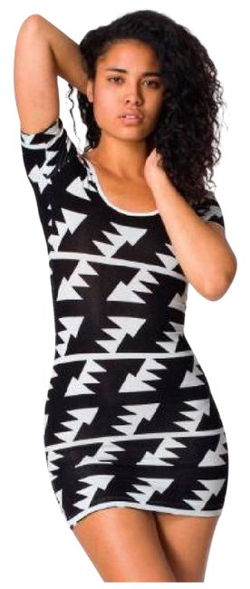 Preload https://img-static.tradesy.com/item/20305521/american-apparel-black-aztec-bodycon-short-casual-dress-size-8-m-0-3-650-650.jpg