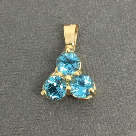 Other 14K Yellow Gold 3 Stones Natural Blue Topaz Pendant Image 1