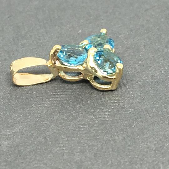 Other 14K Yellow Gold 3 Stones Natural Blue Topaz Pendant Image 2