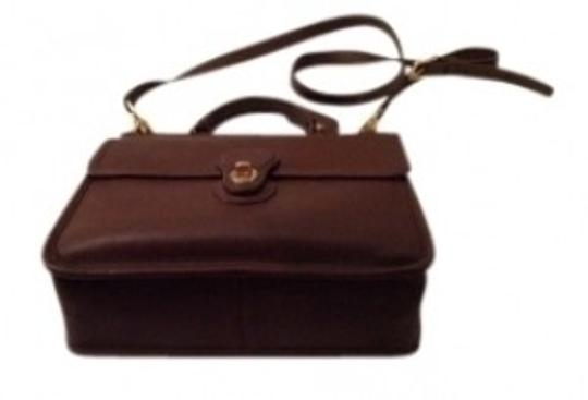 Preload https://item3.tradesy.com/images/coach-willis-mahogany-leather-shoulder-bag-20307-0-0.jpg?width=440&height=440