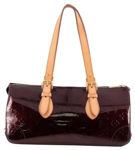 Louis Vuitton Avenue Vernis Shoulder Bag