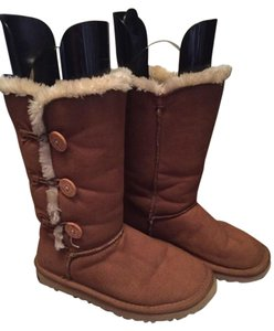 UGG Australia Bailey Triplet Ugg Bailey Button Fur Tall Ugg Chestnut Boots