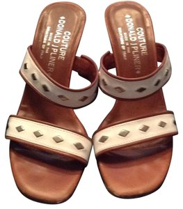 Donald J. Pliner off white, and tan Sandals