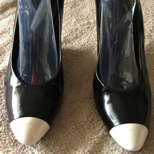 Marc Jacobs black and white. Pumps Image 1
