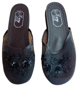 Easy Spirit Black Mules