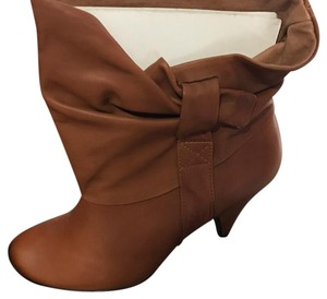 Steve Madden Luggage (Brown) Boots