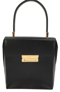 Salvatore Ferragamo Leather Tophandle Satchel in Black