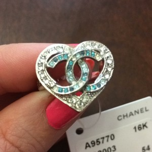 Chanel Valentines nib eu 54 blue crystal ring