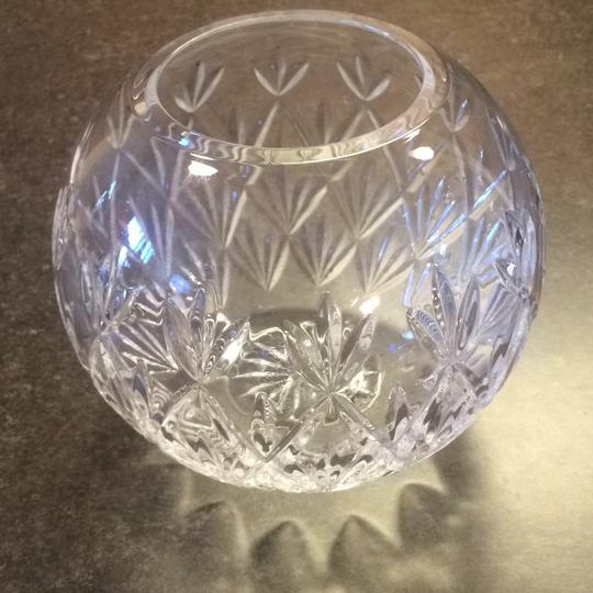 Preload https://item5.tradesy.com/images/tiffany-and-co-crystal-decoration-20308399-0-0.jpg?width=440&height=440