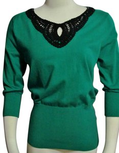 Cable & Gauge Medium Stretchy Sweater