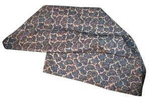 Paisley scarf Paisley scarf / blue white color.