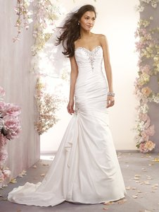 Alfred Angelo 2404 Alfred Angelo Wedding Dress