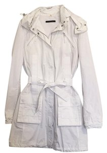 Elie Tahari White Jacket