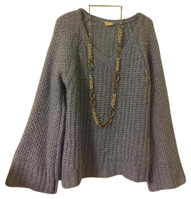Preload https://img-static.tradesy.com/item/20309193/anthropologie-powder-blue-sweater-0-1-650-650.jpg