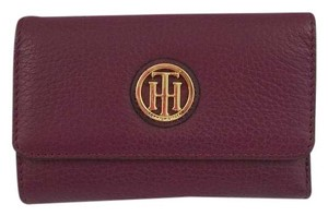 Tommy Hilfiger Pebbled Leather Medium Flap