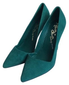 Alice + Olivia Emerald Green Pumps