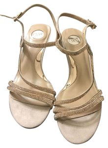 Express Strappy Glitter nude Pumps