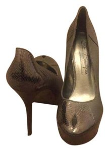 Sam Edelman Mettalic Pumps