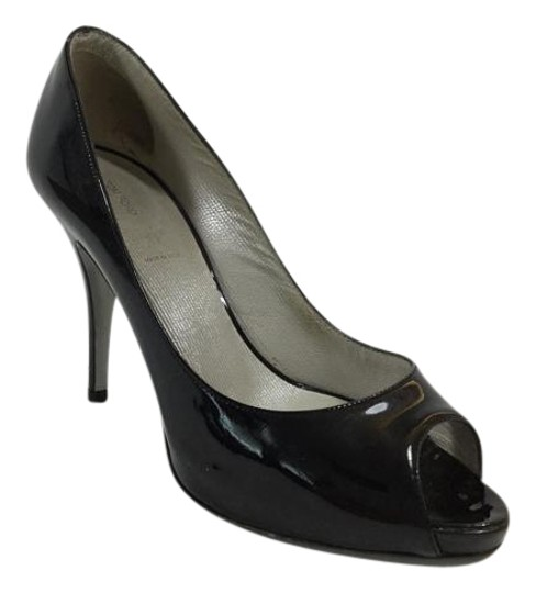 Preload https://item3.tradesy.com/images/tom-ford-black-patent-peep-toe-pumps-size-us-6-regular-m-b-2031012-0-2.jpg?width=440&height=440