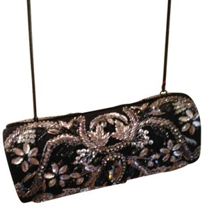 Other Emellieshed Beaded black silver Clutch
