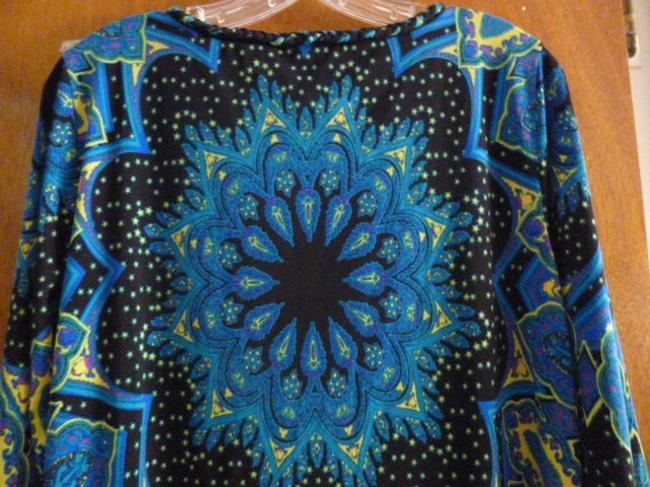 ECI New York Top Blue, black, and yellow Image 4