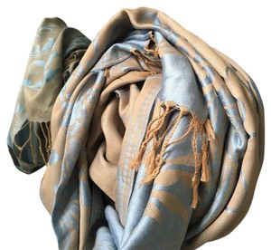 100% cashmere scarf, can also double as a table runner!