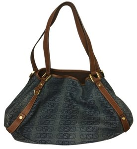 Gucci Tote in Blue, Denim like color but very soft material.