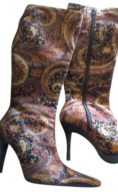 Item - Brown Tapestry Boots/Booties Size US 7 Regular (M, B)