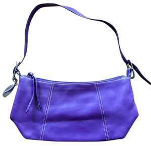 Tignanello Womens Leather Shoulder Bag