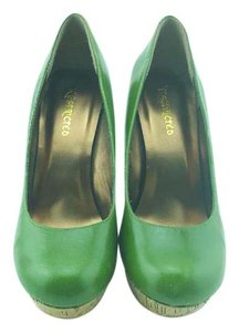 Restricted Stilletto Cork Heel High Heels Green Pumps