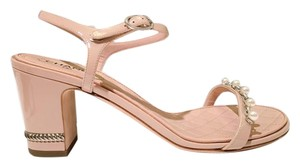 Chanel Pearl Thong Pearl Size 39 Pink Nude Sandals