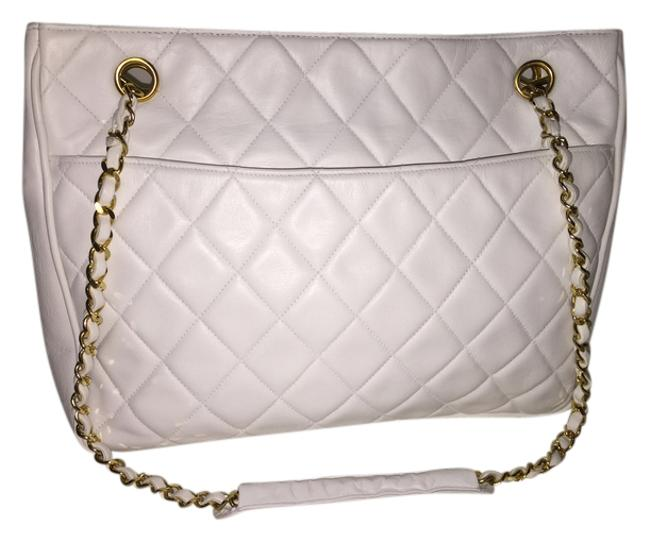 Item - 2.55 Reissue Reduced Vintage Quilted White Lambskin Leather Shoulder Bag