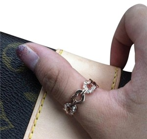 Elliot Francis 18k rose gold pave heart ring