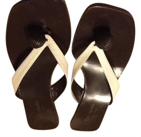 Preload https://item5.tradesy.com/images/kate-spade-white-new-york-made-in-italy-sandals-size-us-95-regular-m-b-2031499-0-0.jpg?width=440&height=440
