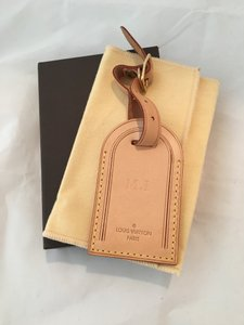 Louis Vuitton Louis Vuitton Vachetta leather luggage id tag with hotstamp